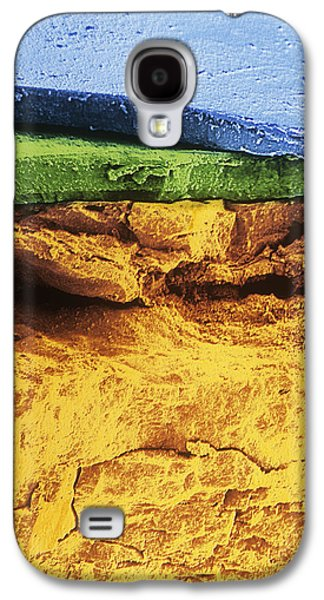 Rusted Cars Galaxy S4 Cases - Flakes Of Rust Galaxy S4 Case by Dr Jeremy Burgess