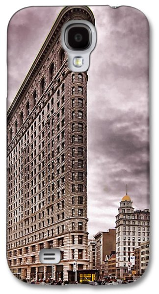 Flat Iron Galaxy S4 Cases - Flat Iron Building Galaxy S4 Case by Michael Dorn