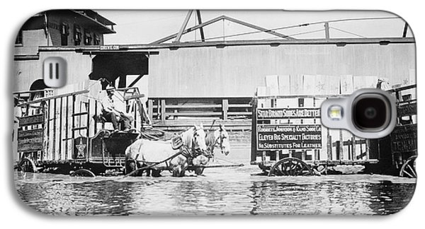 River Flooding Galaxy S4 Cases - Flooding On The Mississippi River, 1909 Galaxy S4 Case by Library of Congress