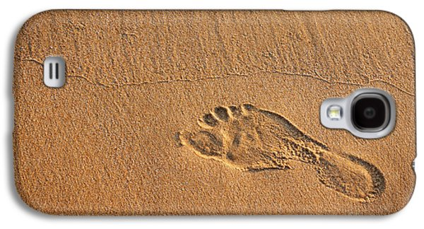 Activity Photographs Galaxy S4 Cases - Foot Print Galaxy S4 Case by Carlos Caetano