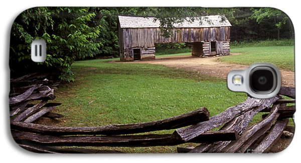 Tn Barn Galaxy S4 Cases - From Days Gone By Galaxy S4 Case by Paul W Faust -  Impressions of Light