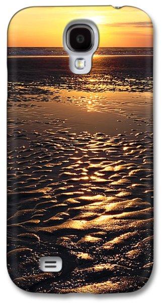 Sunset Abstract Galaxy S4 Cases - Golden Sunset On The Sand Beach Galaxy S4 Case by Setsiri Silapasuwanchai