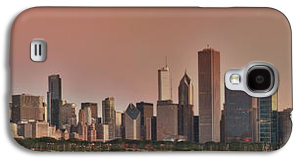 Landscapes Photographs Galaxy S4 Cases - Good Morning Chicago Panorama Galaxy S4 Case by Sebastian Musial