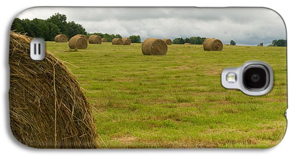 Haybale Photographs Galaxy S4 Cases - Haybales in Field on Stormy Day Galaxy S4 Case by Douglas Barnett