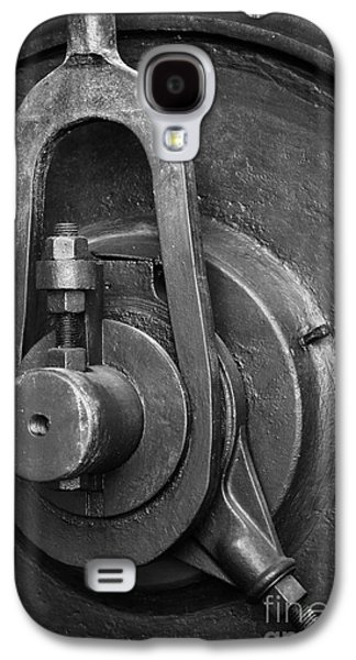 Machinery Photographs Galaxy S4 Cases - Industrial detail Galaxy S4 Case by Carlos Caetano