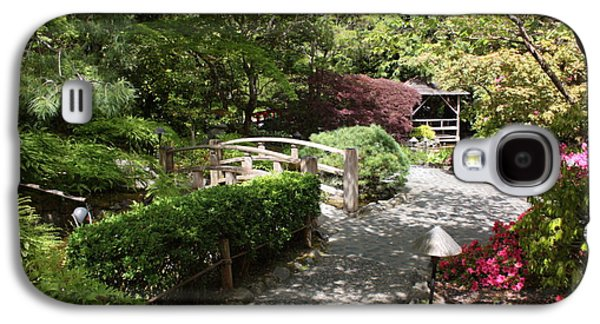 Garden Photographs Galaxy S4 Cases - Japanese Garden Path with Azaleas Galaxy S4 Case by Carol Groenen