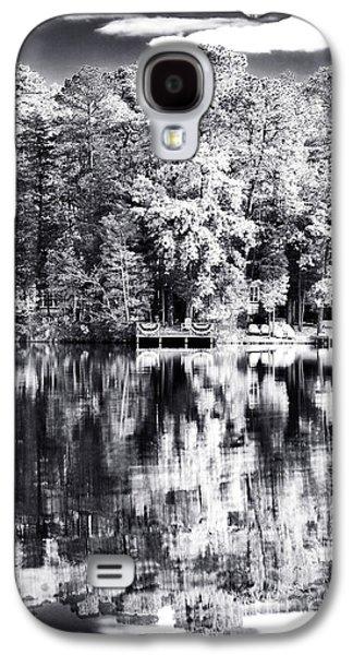 Pine Barrens Galaxy S4 Cases - Lake Drama Galaxy S4 Case by John Rizzuto