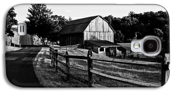 Amish Photographs Galaxy S4 Cases - Langus Farms Black and White Galaxy S4 Case by Jim Finch