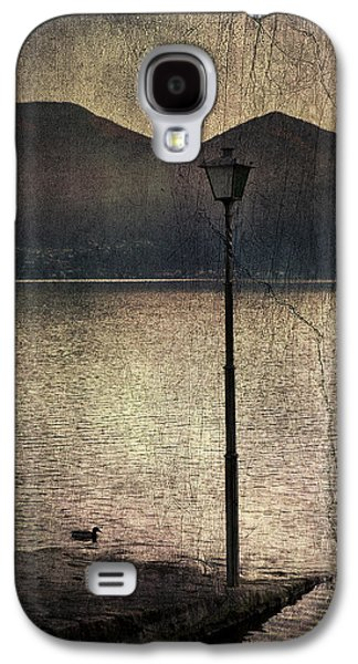 Lantern Galaxy S4 Cases - Lantern At The Lake Galaxy S4 Case by Joana Kruse