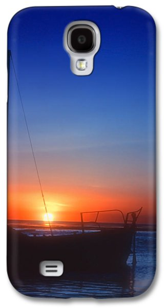Sailboats In Water Galaxy S4 Cases - Last Light Galaxy S4 Case by Stephen Anderson