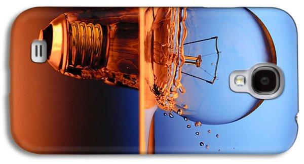 Clever Galaxy S4 Cases - Light Bulb Shot Into Water Galaxy S4 Case by Setsiri Silapasuwanchai