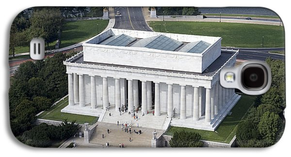 Tidal Photographs Galaxy S4 Cases - Lincoln Memorial, 2006 Galaxy S4 Case by Granger