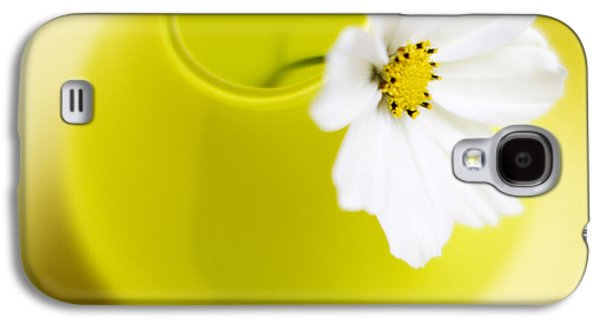 Flowers Photographs Galaxy S4 Cases - Little Yellow Vase Galaxy S4 Case by Rebecca Cozart