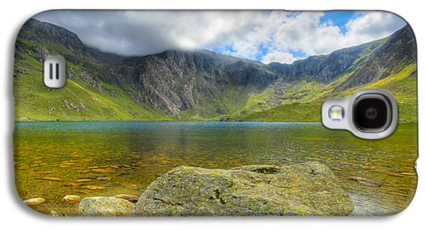 Hdr Landscape Galaxy S4 Cases - Llyn Idwal Galaxy S4 Case by Adrian Evans