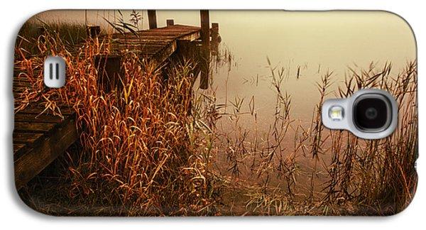 Colour Image Photographs Galaxy S4 Cases - Loch Ard early mist  Galaxy S4 Case by John Farnan