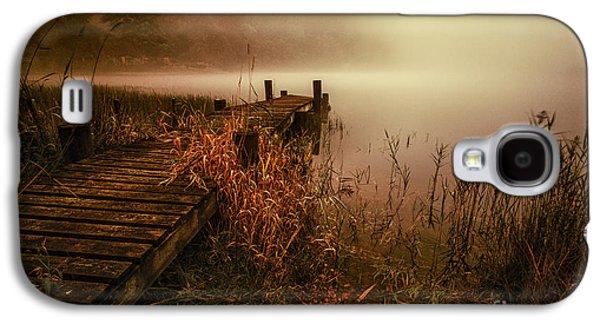 Colour Image Photographs Galaxy S4 Cases - Loch Ard early morning mist Galaxy S4 Case by John Farnan