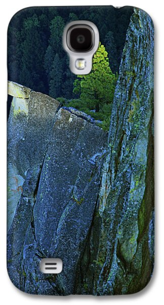 Sunbeams Galaxy S4 Cases - Lone Pine Galaxy S4 Case by Rick Berk