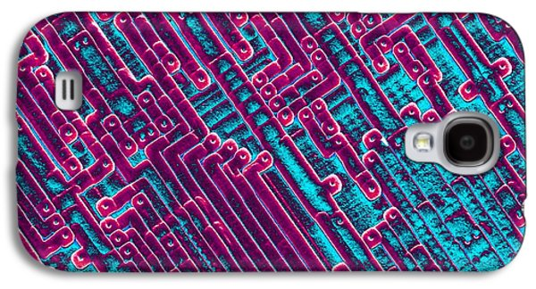 Processor Photographs Galaxy S4 Cases - Microchip Circuitry, Sem Galaxy S4 Case by Power And Syred