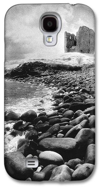 Castle Photographs Galaxy S4 Cases - Minard Castle Galaxy S4 Case by Simon Marsden