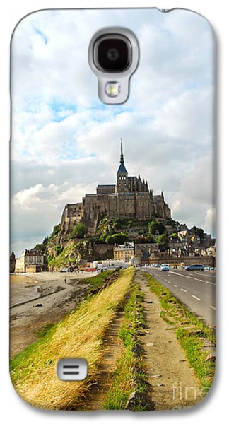 Landmarks Photographs Galaxy S4 Cases - Mont Saint Michel Galaxy S4 Case by Elena Elisseeva