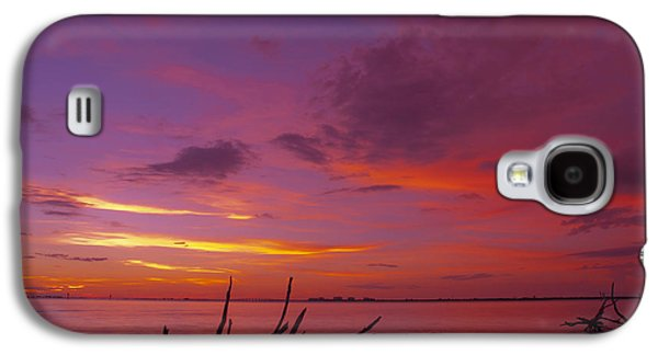 Solitude Photographs Galaxy S4 Cases - Mysterious Sunset Galaxy S4 Case by Melanie Viola