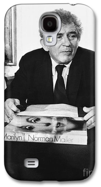 Press Conference Photographs Galaxy S4 Cases - Norman Mailer (1923-2007) Galaxy S4 Case by Granger