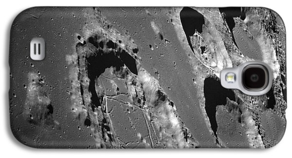 Moonscape Galaxy S4 Cases - Oblique View Of The Lunar Surface Galaxy S4 Case by Stocktrek Images