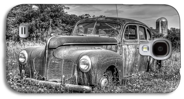 Rusted Cars Galaxy S4 Cases - Old DeSoto Galaxy S4 Case by Scott Norris