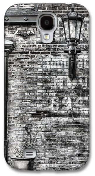 Gas Lamp Photographs Galaxy S4 Cases - Old Town Galaxy S4 Case by JC Findley