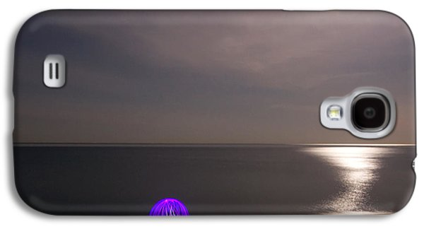 Orb* Galaxy S4 Cases - Orb on the Beach Galaxy S4 Case by Cale Best