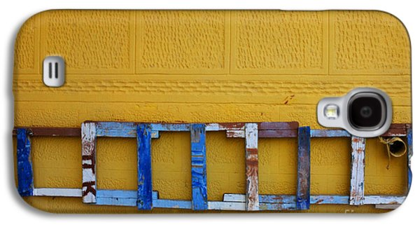 Painter Photo Photographs Galaxy S4 Cases - Painters Ladder Syros Galaxy S4 Case by Bob Christopher