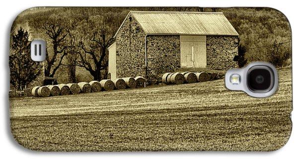 Farmers Field Galaxy S4 Cases - Pennsylvania Barn Galaxy S4 Case by Bill Cannon