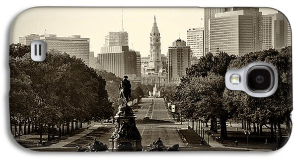 Franklin Galaxy S4 Cases - Philadelphia Benjamin Franklin Parkway in Sepia Galaxy S4 Case by Bill Cannon