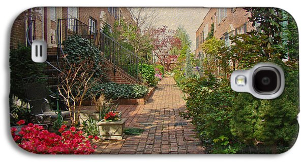 Phillie Galaxy S4 Cases - Philadelphia Courtyard - Symphony of Springtime Gardens Galaxy S4 Case by Mother Nature