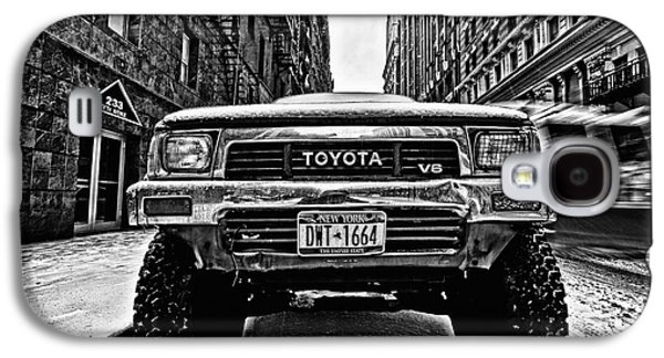 Cold Galaxy S4 Cases - Pick up truck on a New York street Galaxy S4 Case by John Farnan