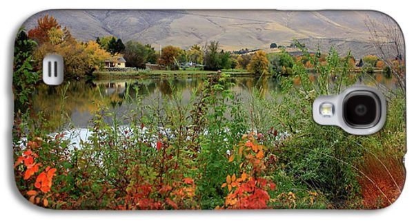 Yakima Valley Galaxy S4 Cases - Prosser Autumn River with Hills Galaxy S4 Case by Carol Groenen