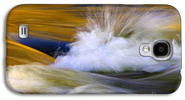 River Photographs Galaxy S4 Cases - River Galaxy S4 Case by Silke Magino