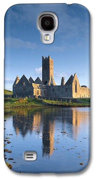 Monasticism Galaxy S4 Cases - Rosserk Friary, Co Mayo, Ireland 15th Galaxy S4 Case by Gareth McCormack