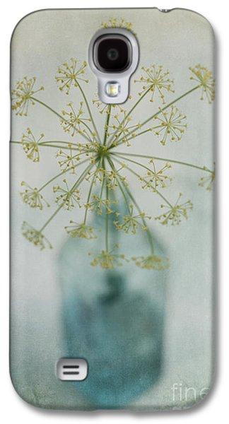 Life Photographs Galaxy S4 Cases - Round Dance Galaxy S4 Case by Priska Wettstein
