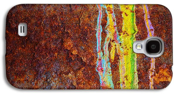 Vandalize Photographs Galaxy S4 Cases - Rust Background Galaxy S4 Case by Carlos Caetano