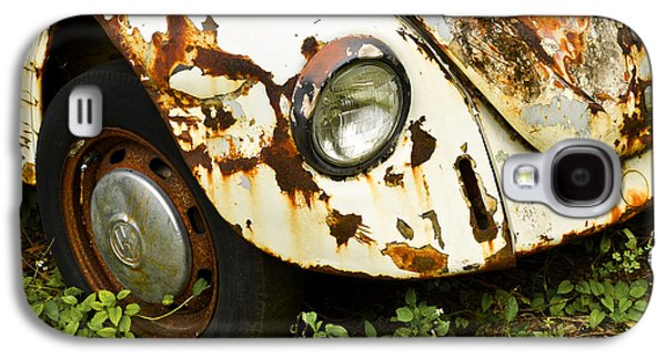 Antique Automobiles Galaxy S4 Cases - Rusted Volkswagen Galaxy S4 Case by Carolyn Marshall