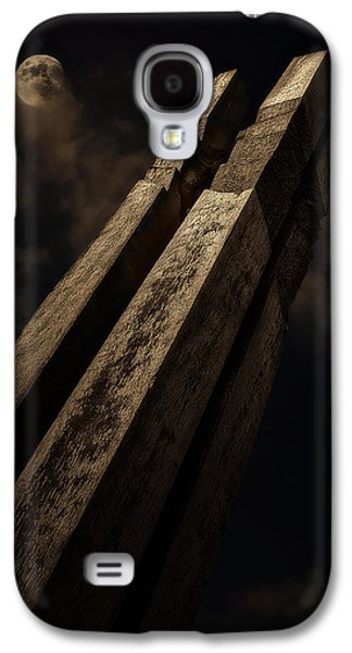 Wooden Sculpture Galaxy S4 Cases - Sculpture By Moonlight Galaxy S4 Case by Meirion Matthias