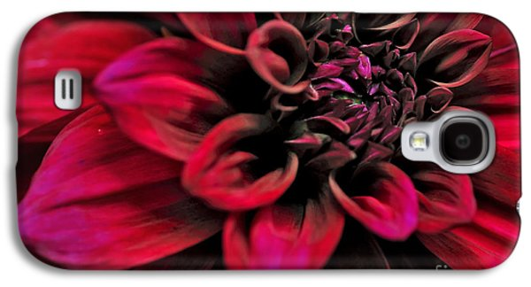 Shades Of Red Galaxy S4 Cases - Shades of Red - Dahlia Galaxy S4 Case by Kaye Menner