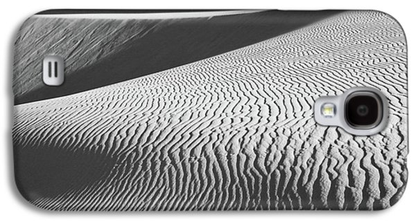 Sand Pattern Galaxy S4 Cases - Slipping Through My Fingers Galaxy S4 Case by Laurie Search