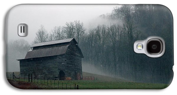Old Galaxy S4 Cases - Smokey Mountains Barn Galaxy S4 Case by Kathy Schumann