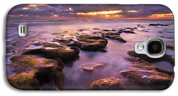 Tidal Photographs Galaxy S4 Cases - Stairway to Heaven Galaxy S4 Case by Debra and Dave Vanderlaan
