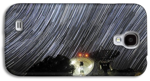 Moonlit Night Photographs Galaxy S4 Cases - Star Trails Over Parkes Observatory Galaxy S4 Case by Alex Cherney, Terrastro.com