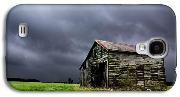 Stormy Barn Galaxy S4 Case by Cale Best