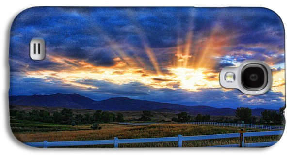 Sunset Posters Galaxy S4 Cases - Sun beams in the sky at sunset Galaxy S4 Case by James BO  Insogna