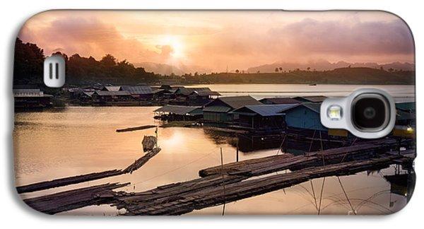 River Scenes Photographs Galaxy S4 Cases - Sunset At Fisherman Villages  Galaxy S4 Case by Setsiri Silapasuwanchai
